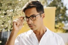 SS21-Campaign_Eyeglasses_Douglas_8